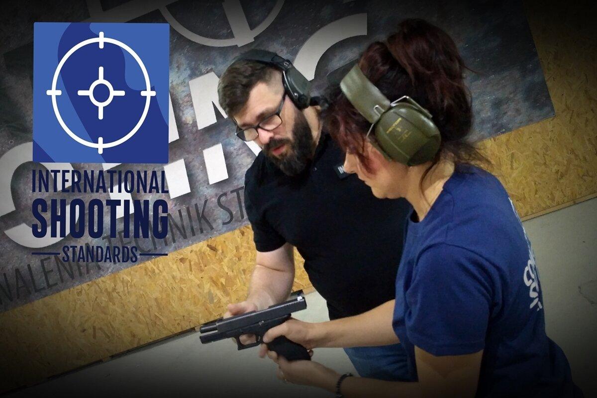 Pistol for women lvl.1